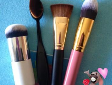 Brush Ovale Cream Puff
