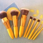 Brush Mini color yellow